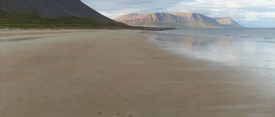 Rauðisandur beach is perfect for running!