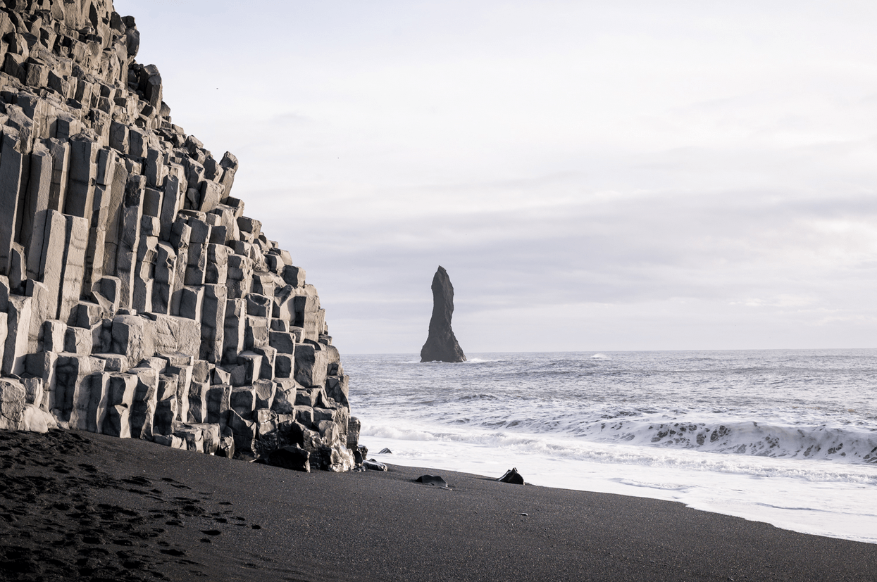 Image result for Reynisfjara Beach, Islandia