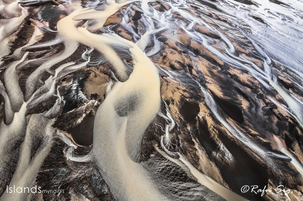 River Patterns in the Sand.