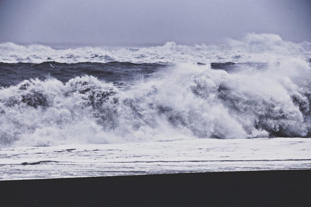Raging Waves at Reynisfjara Beach.