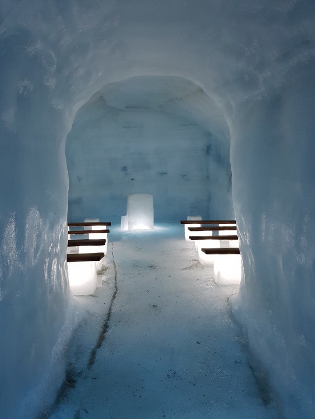 Chapel of love. And Ice.