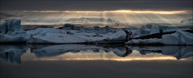 The Amazing Jökulsárlón glacial lagoon. Photo by Martin Schulz.
