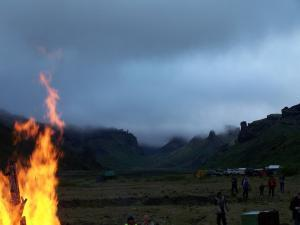 We had a pretty good time at the fire in Thorsmörk. The singing we had to endure was atrocious though!