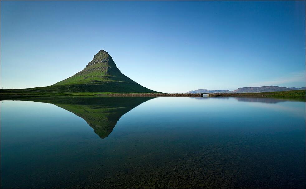 Kirkjufell and still water
