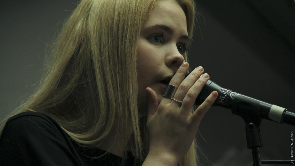 Young Karin is comprised of members of Retro Stefson and Agent Fresco