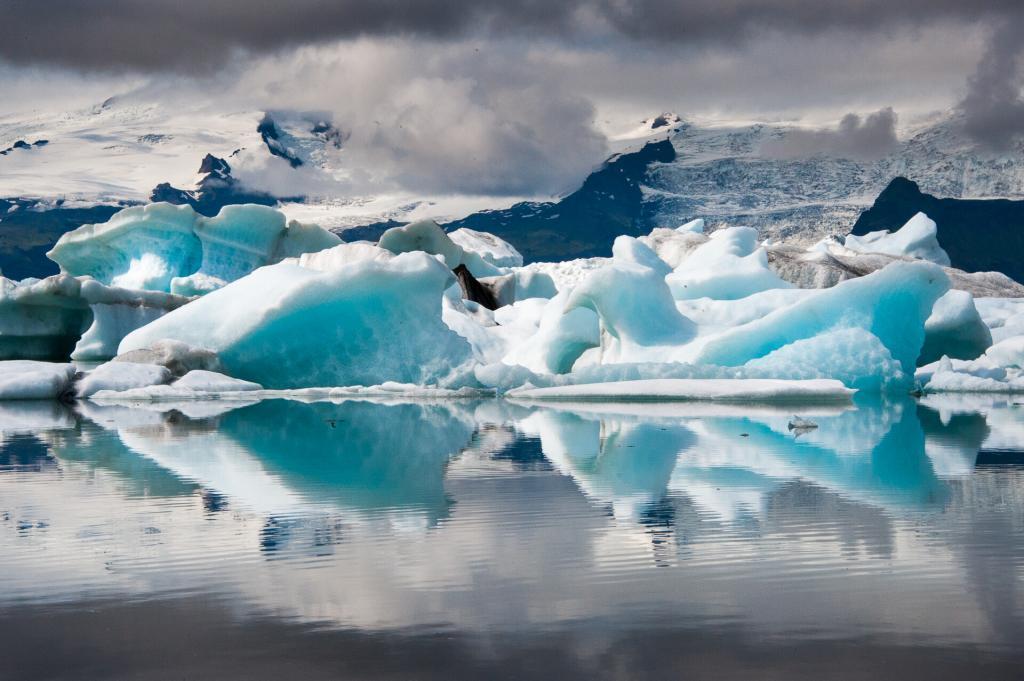 The view at Jökulsárlón glacial lagoon.