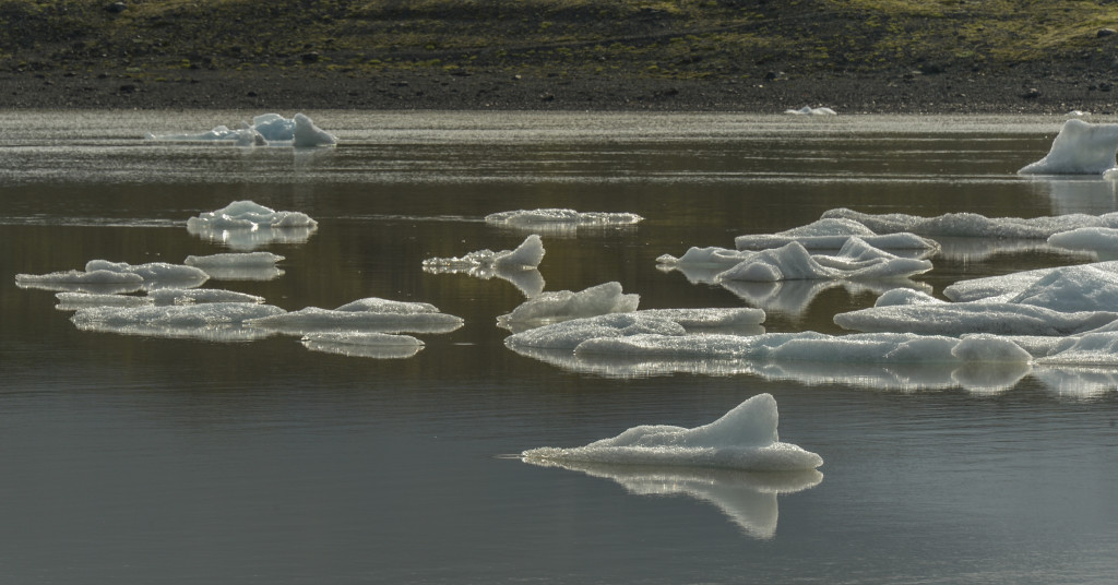 The serenity of the glacial lagoon.