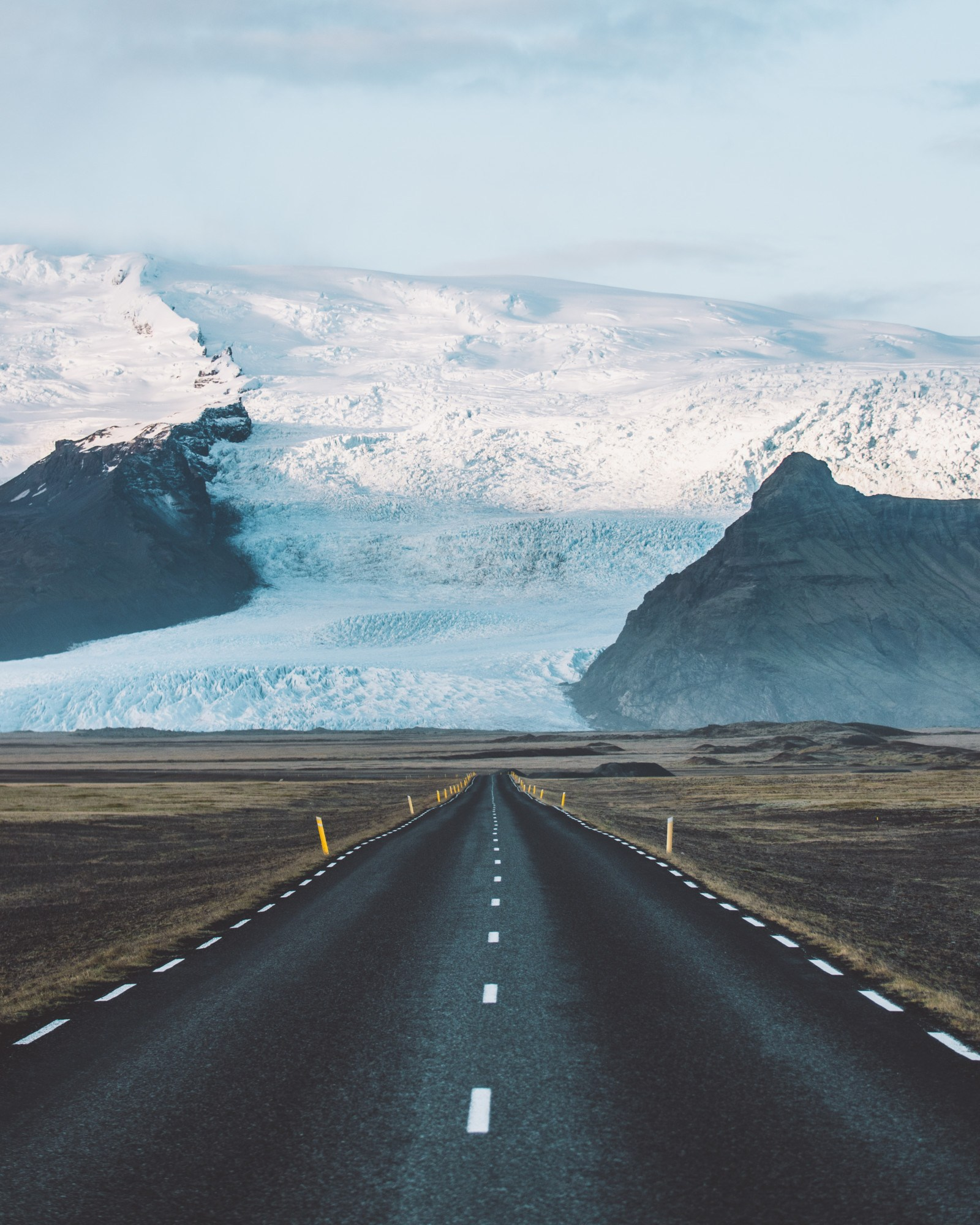 Reinventing the icelandic road trip immerse yourself in iceland driving into the glacier sort of solutioingenieria Images