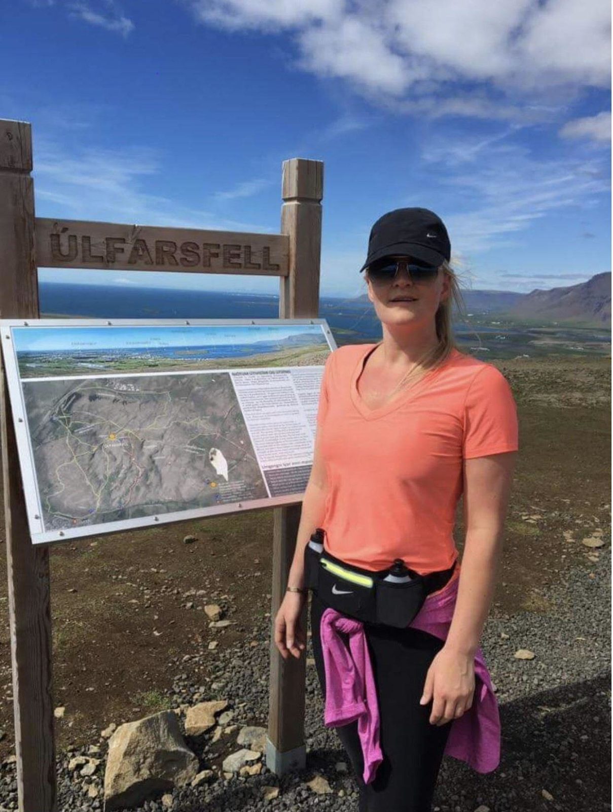 Inga Tinna is a CEO that helps you save money in Iceland. Quite rare species actually. Here she is hiking on Mt. Úlfarsfell.